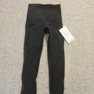 Lululemon Clear The Court - Black - Sz 2